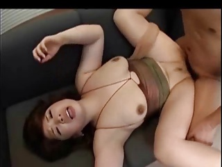 Let's play a prank on big ass MILF!!